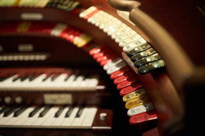 Концерт «Маленький принц: концерт-сказка для органа и гобоя» – события на сайте «Московские Сезоны»