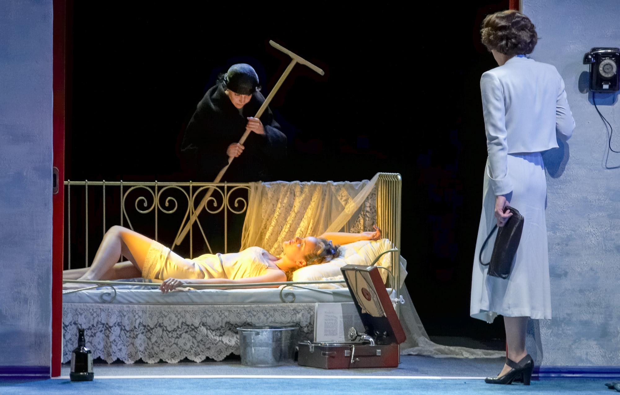 Спектакль «Прекрасное воскресенье для пикника» – события на сайте «Московские Сезоны»