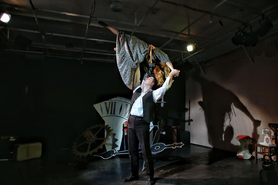 Спектакль «Почему спешат часы» – события на сайте «Московские Сезоны»