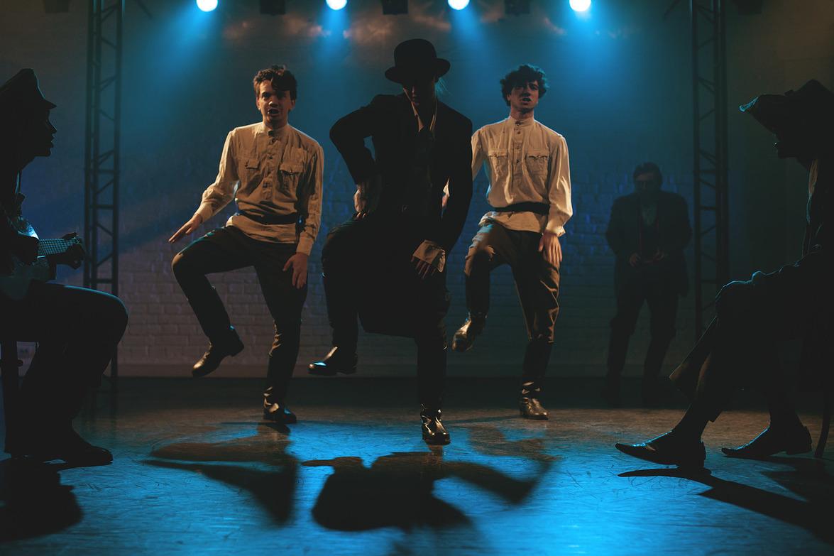 Спектакль «Чехов» в театре «Мост» – события на сайте «Московские Сезоны»