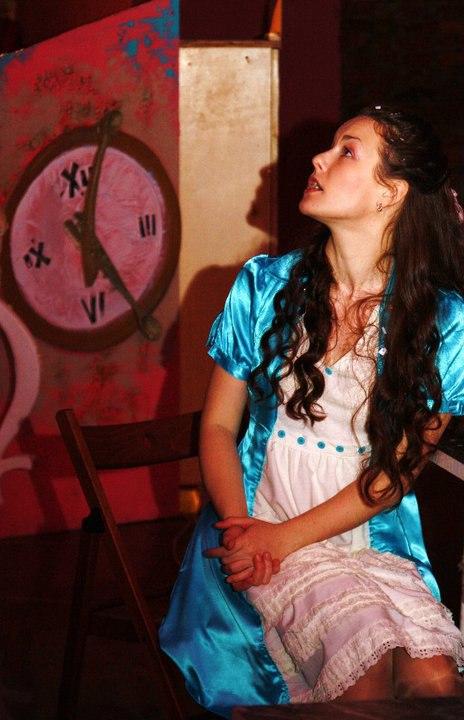 Спектакль-путешествие «Алиса в Стране чудес. Начало» – события на сайте «Московские Сезоны»