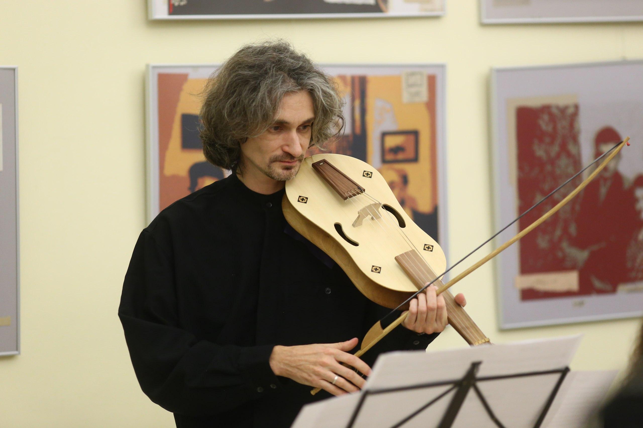 Концерт «Авангардная музыка XIV века. Филипокт и танцы» – события на сайте «Московские Сезоны»
