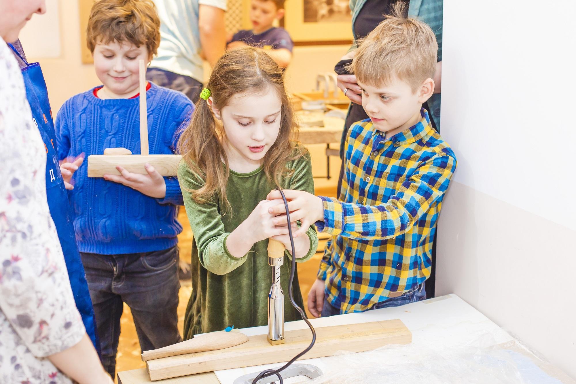 Занятия в детской студии «Дерево» – события на сайте «Московские Сезоны»