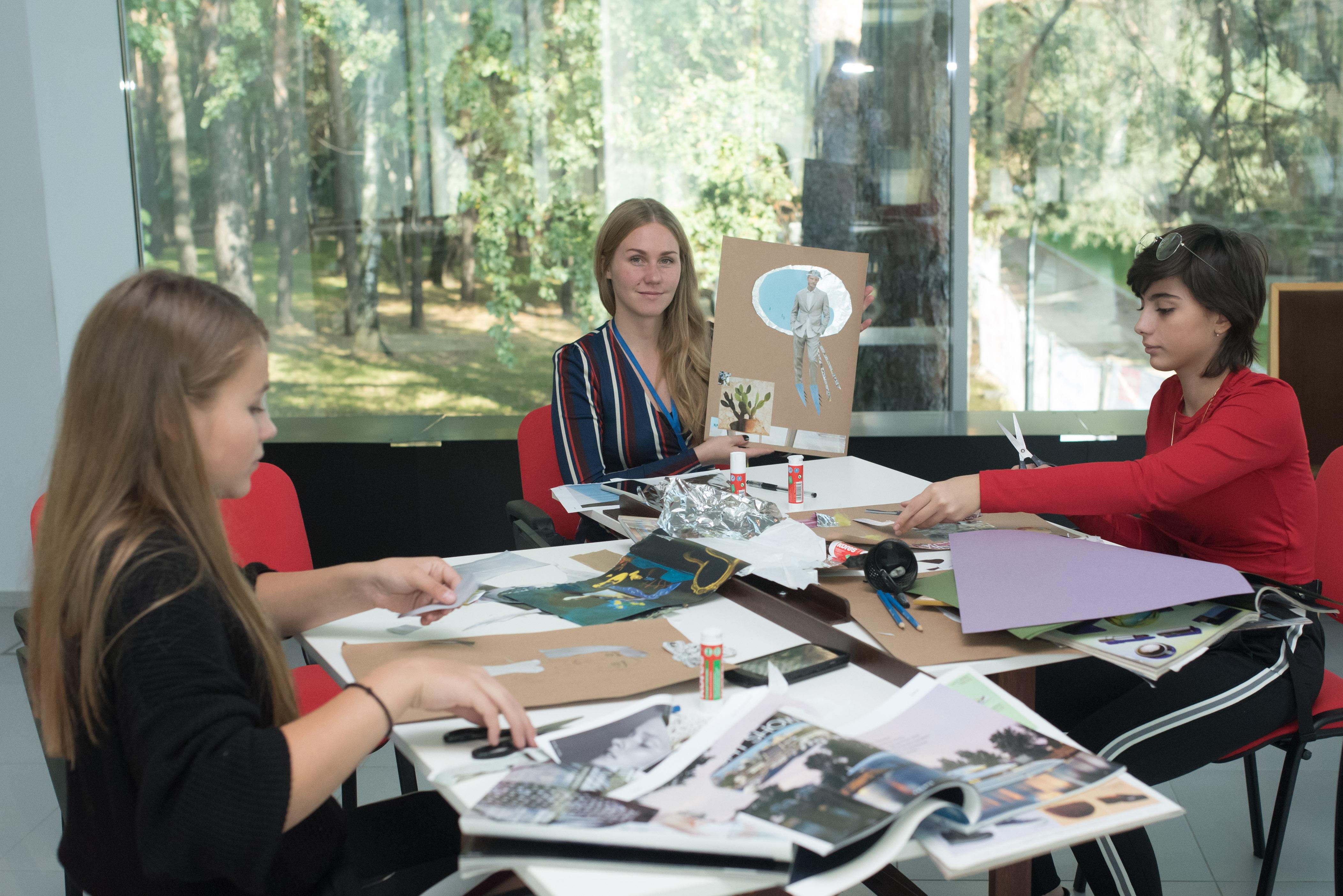Практический курс по дизайну костюма «Костюм играет в кино» – события на сайте «Московские Сезоны»