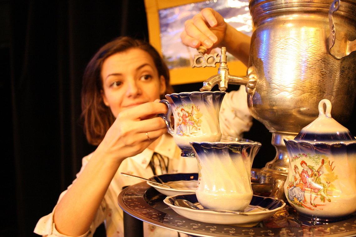 Детский спектакль «Скатерть, которая мечтала летать, или Званый ужин» – события на сайте «Московские Сезоны»