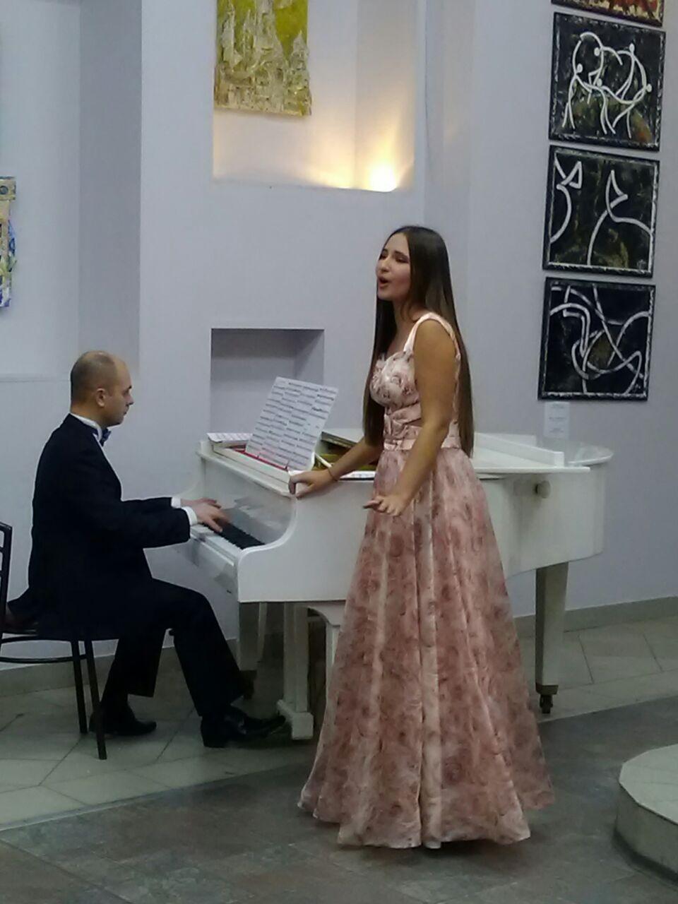 АртСалон «Цветение под звездным небом» – события на сайте «Московские Сезоны»