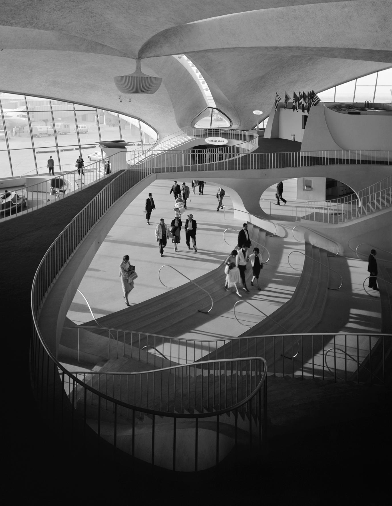 Лекция «Эзра Столлер. Фотографируя модернизм» – события на сайте «Московские Сезоны»