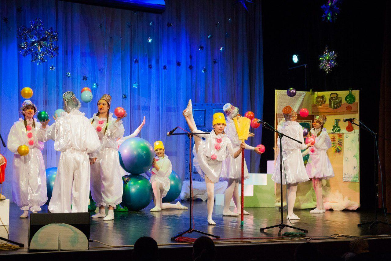 Новогодняя программа «Заговор снеговиков» – события на сайте «Московские Сезоны»
