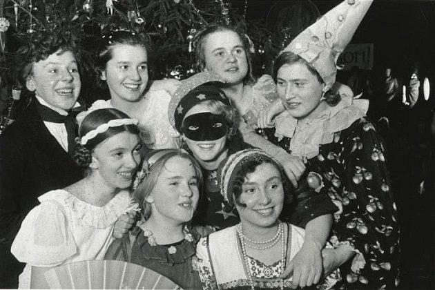 Выставка «Новогодняя история. Традиции празднования» – события на сайте «Московские Сезоны»