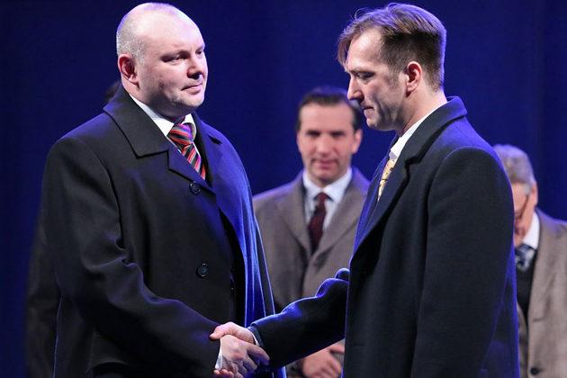 Спектакль «Демократия» – события на сайте «Московские Сезоны»
