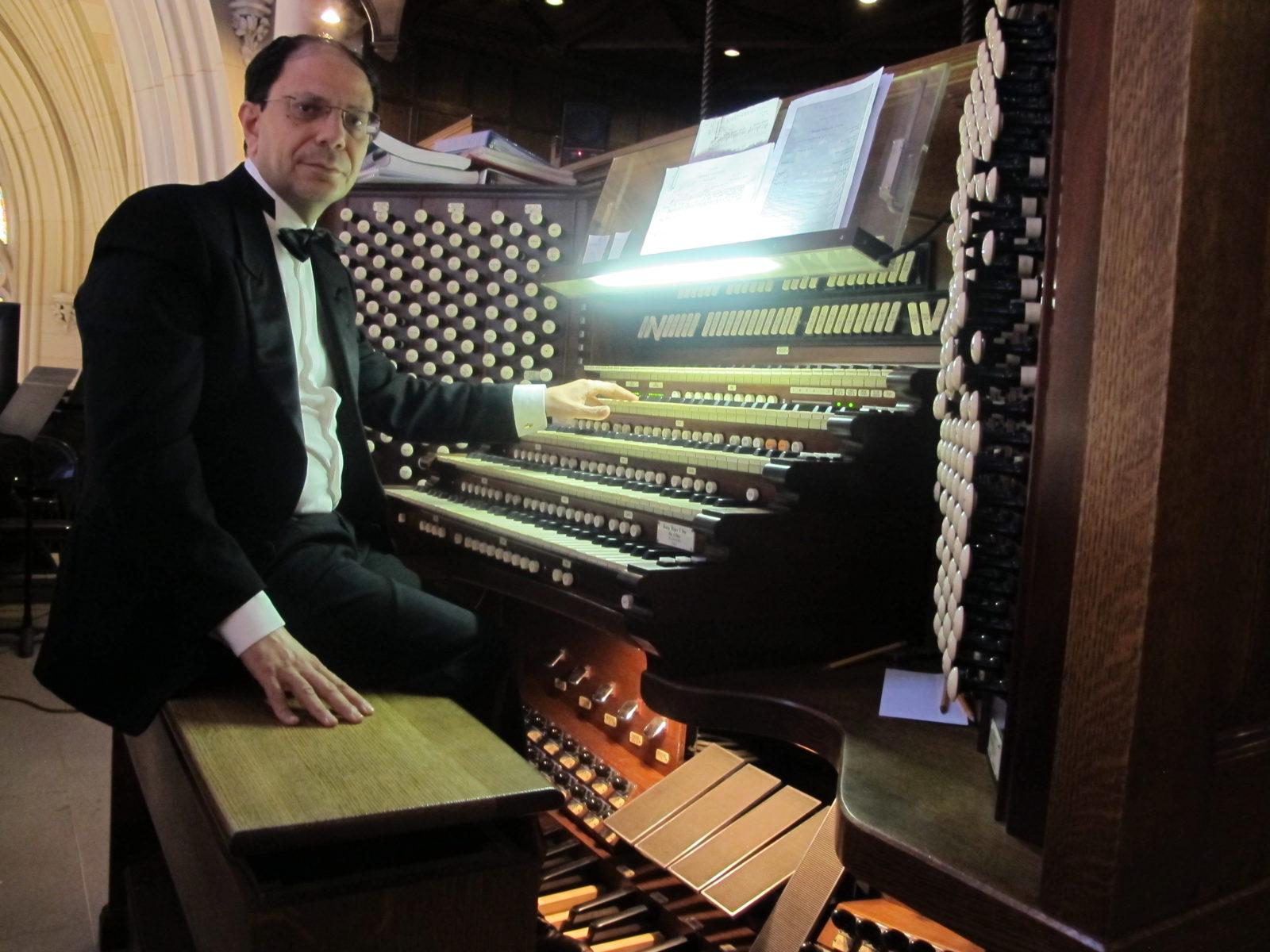 Концерт «Музыка соборов мира: Серджо Милителло (орган, Италия)» – события на сайте «Московские Сезоны»