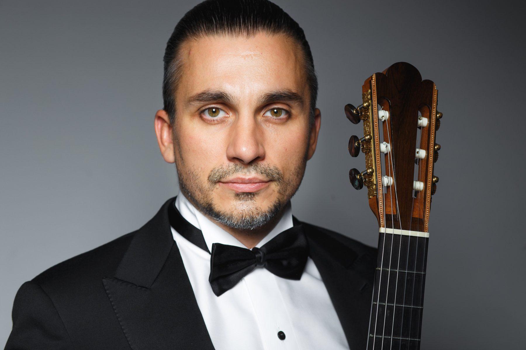 Концерт-открытие XIV Московского международного фестиваля «Виртуозы гитары» – события на сайте «Московские Сезоны»