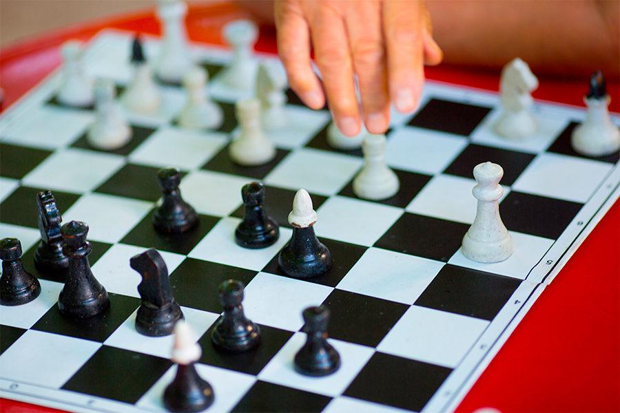 Встреча участников шахматного клуба «Белый конь» в библиотеке № 33 – события на сайте «Московские Сезоны»