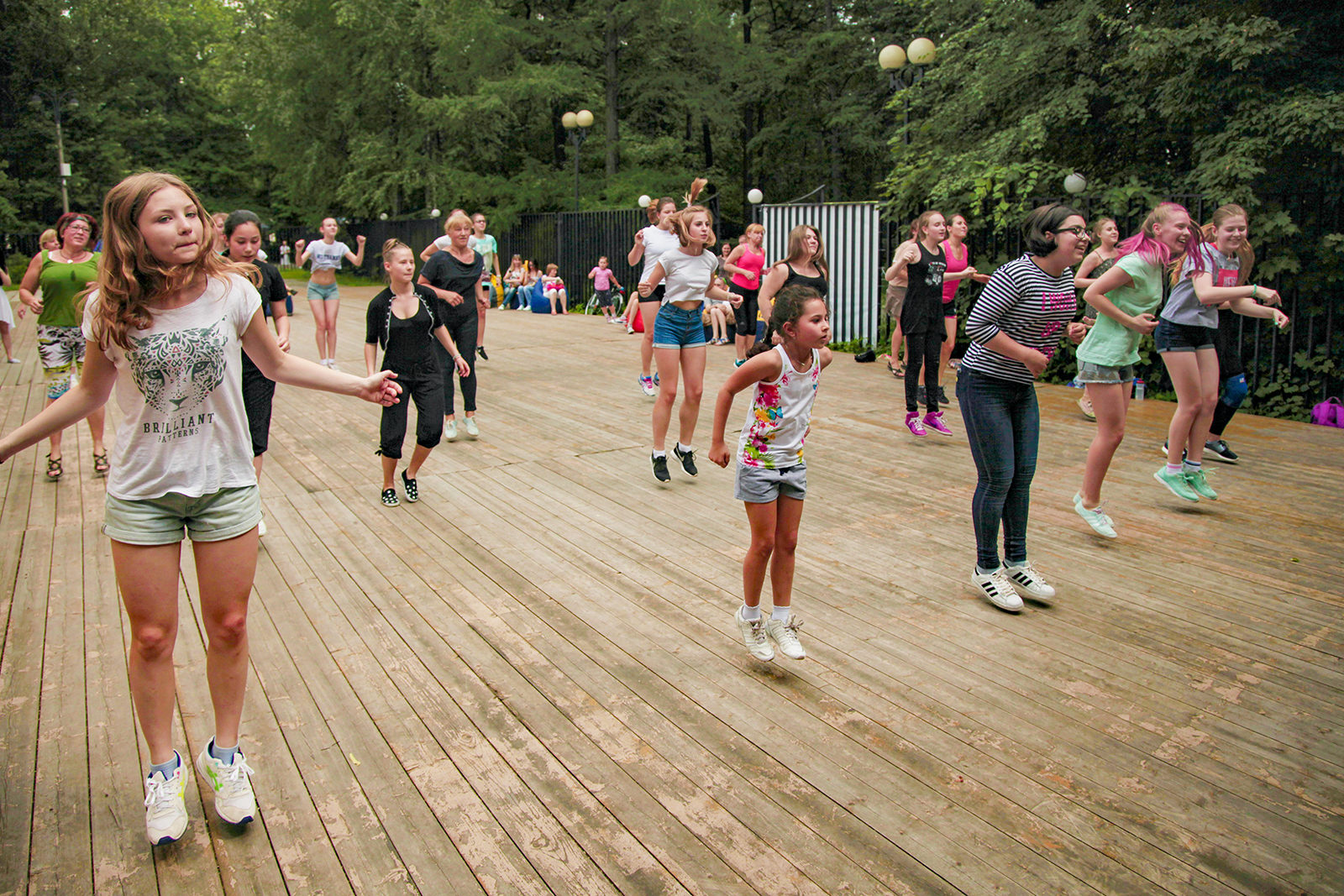 Latin American dancing classes in Izmailovo Park | Events | Moscow Seasons