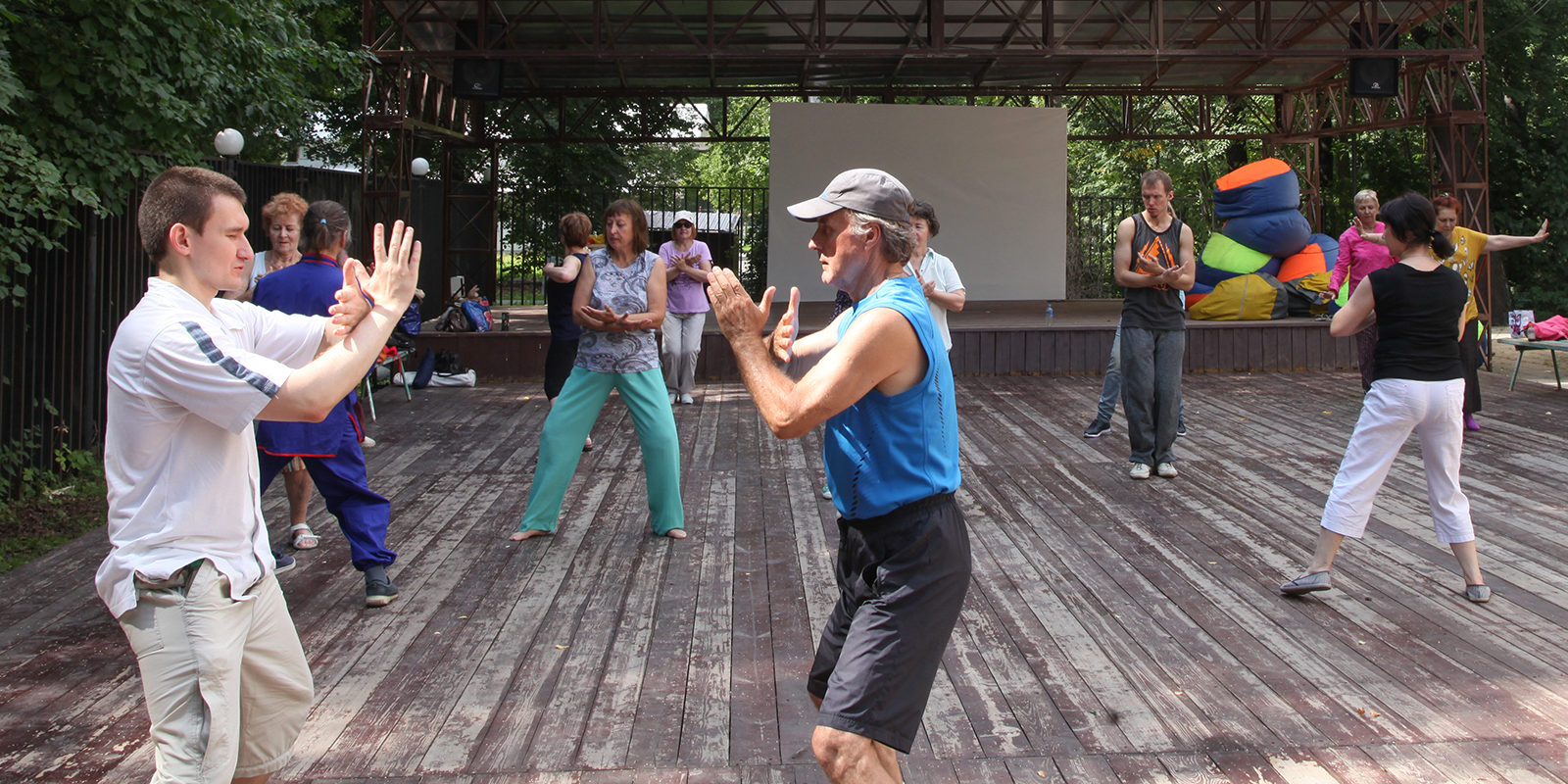 Qigong sessions in Izmailovsky Park | Events | Moscow Seasons