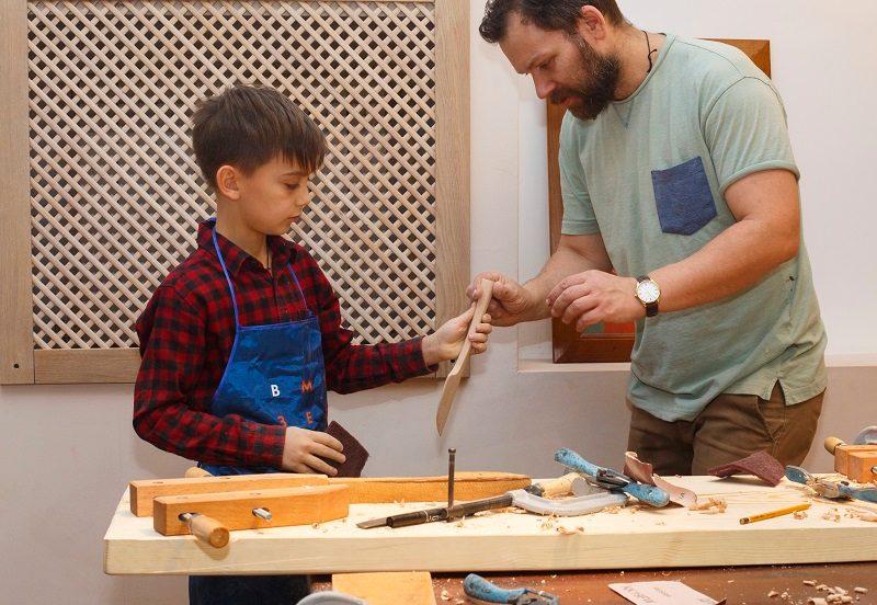 Детская столярная студия Derevo в Музее прикладного искусства – события на сайте «Московские Сезоны»