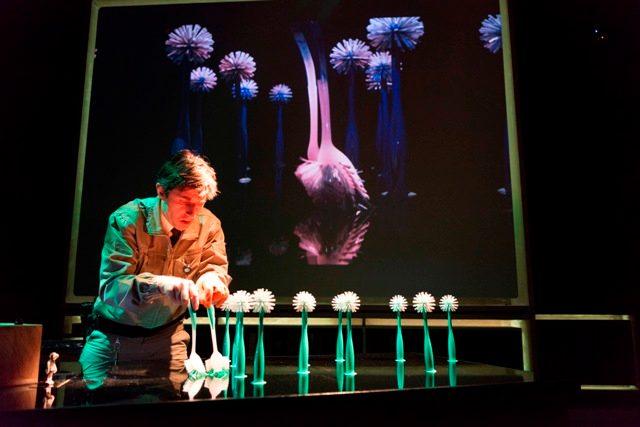 Спектакль «Ночной сторож» на фестивале «Гаврош» – события на сайте «Московские Сезоны»