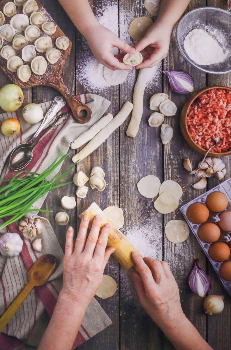 Фотовыставка «Театральные истории, рассказанные самой едой» в РГДБ – события на сайте «Московские Сезоны»