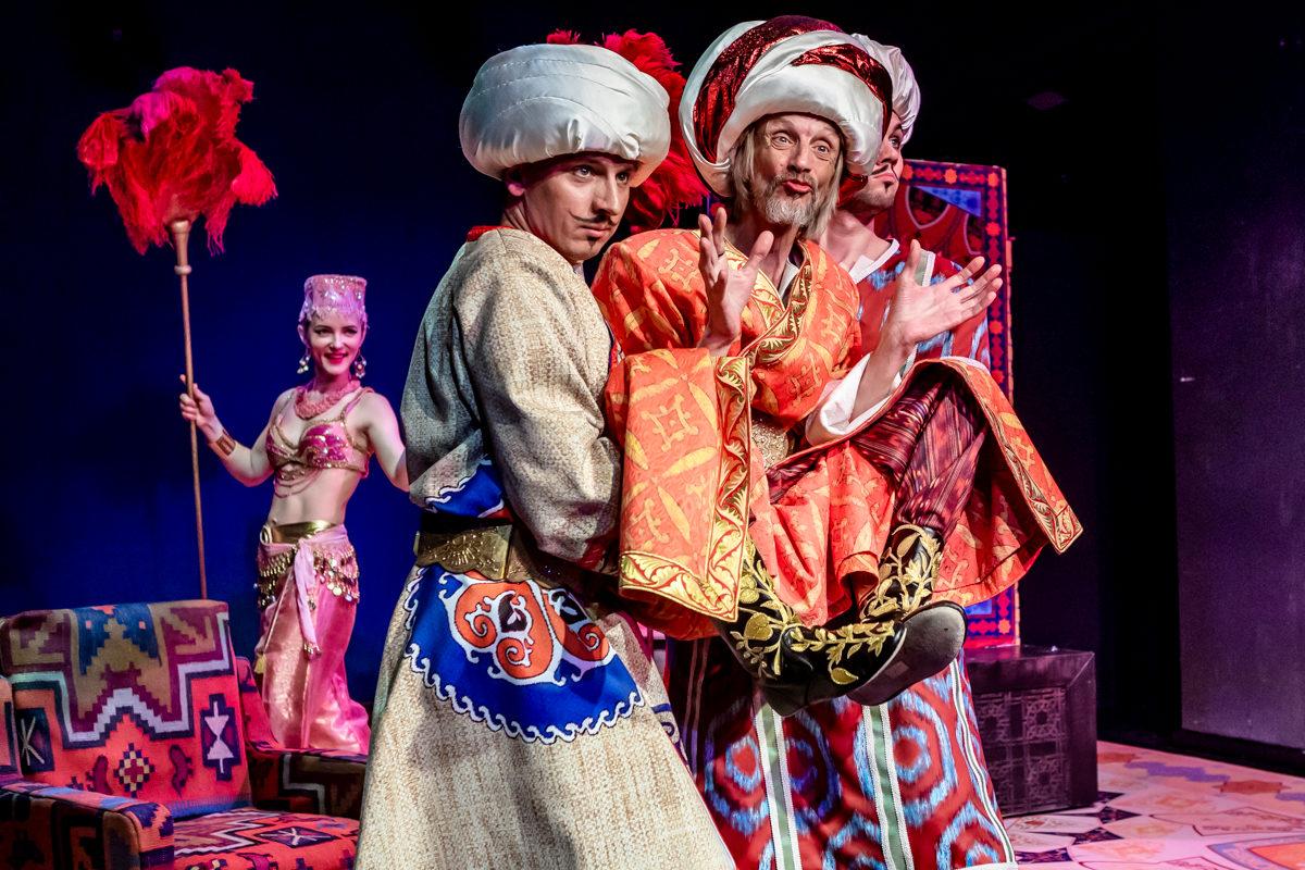 Спектакль «Ходжа Насреддин» в Театре Армена Джигарханяна – события на сайте «Московские Сезоны»