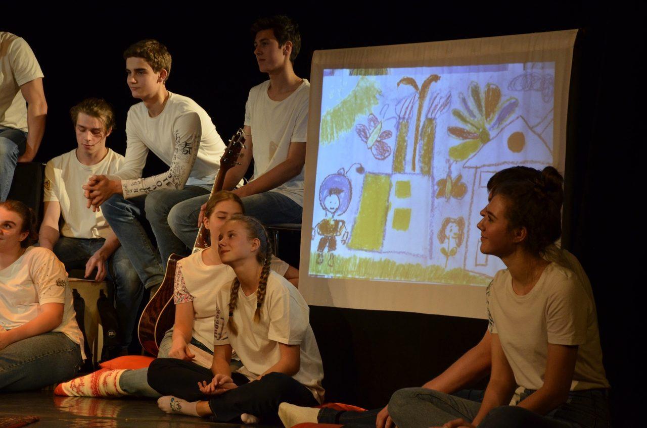 Спектакль «Дневники памяти» в клубе «Феерия» – события на сайте «Московские Сезоны»