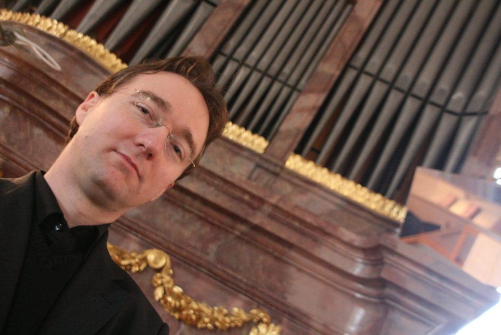 Новогодний концерт Роберта Ковача – события на сайте «Московские Сезоны»