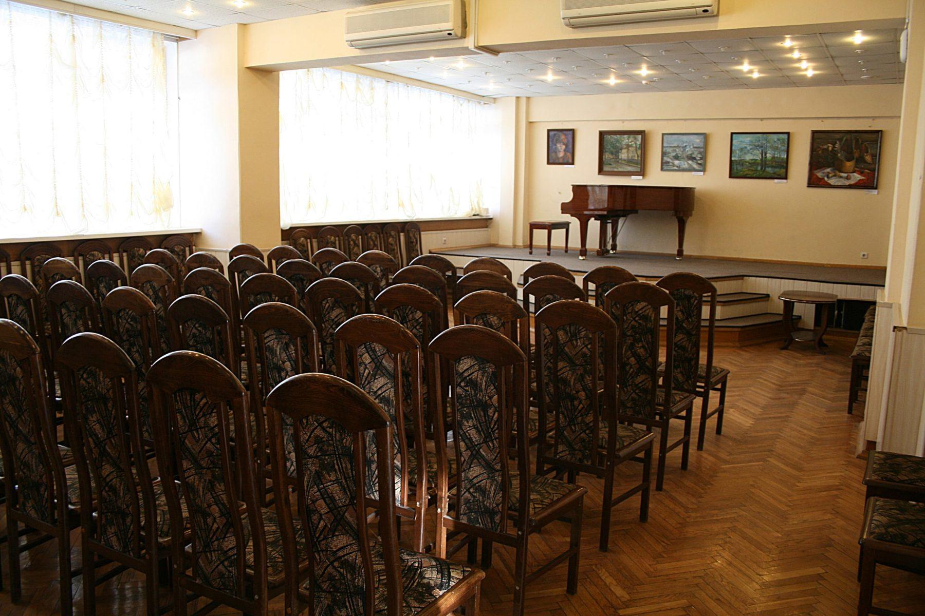 Вечер романса «Струны души» в клубе «Атом» – события на сайте «Московские Сезоны»