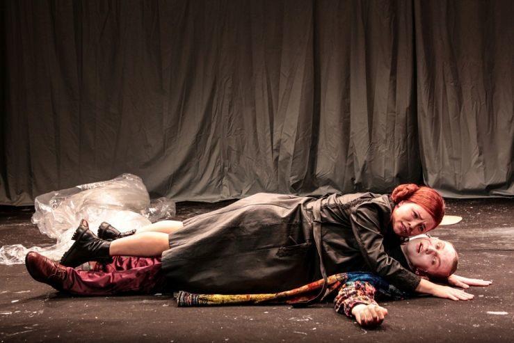 Спектакль «Светит, да не греет» в театре имени М. Н. Ермоловой – события на сайте «Московские Сезоны»