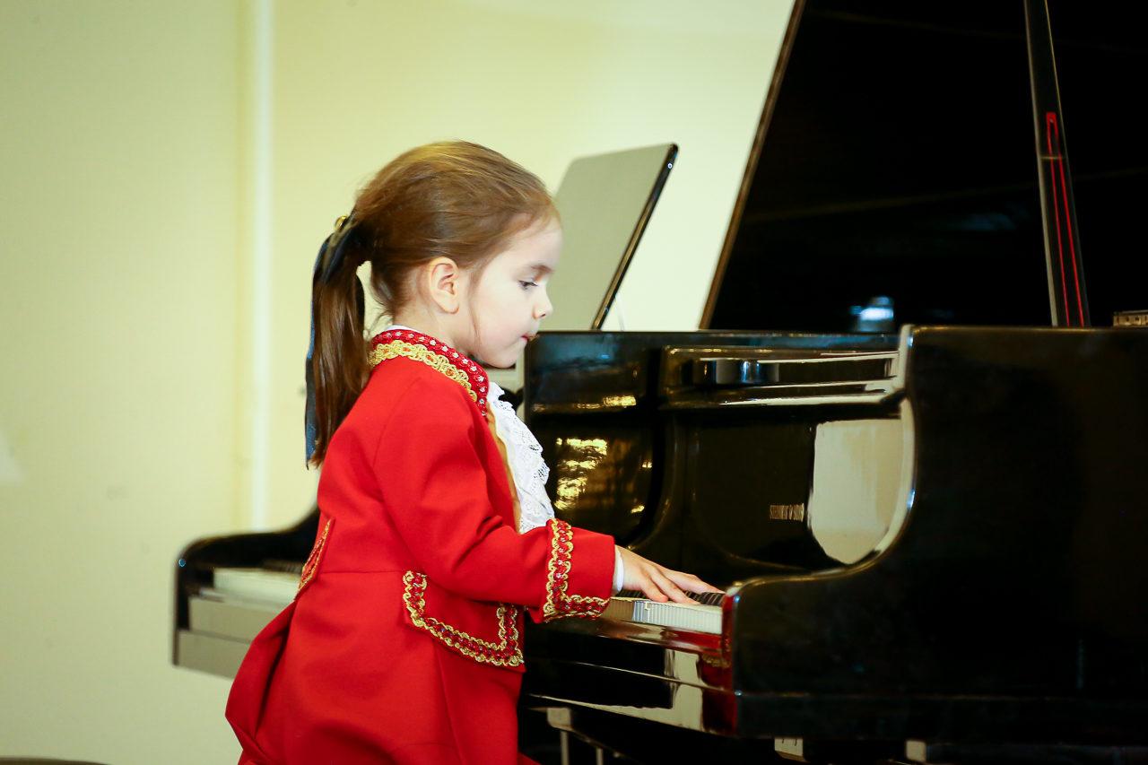 «Как научить ребёнка слышать и слушаться родителей?» – события на сайте «Московские Сезоны»