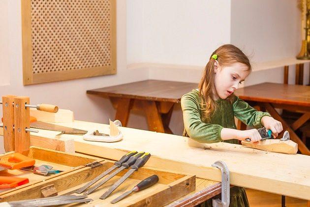 Детская столярная студия DEREVO – события на сайте «Московские Сезоны»