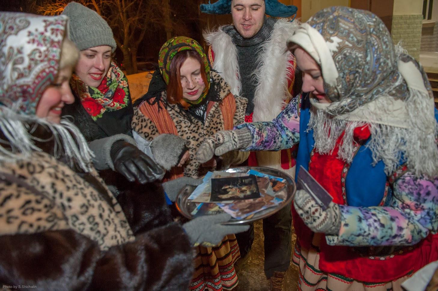 Праздник «Рождественский хоровод» в КЦ «Зодчие» – события на сайте «Московские Сезоны»