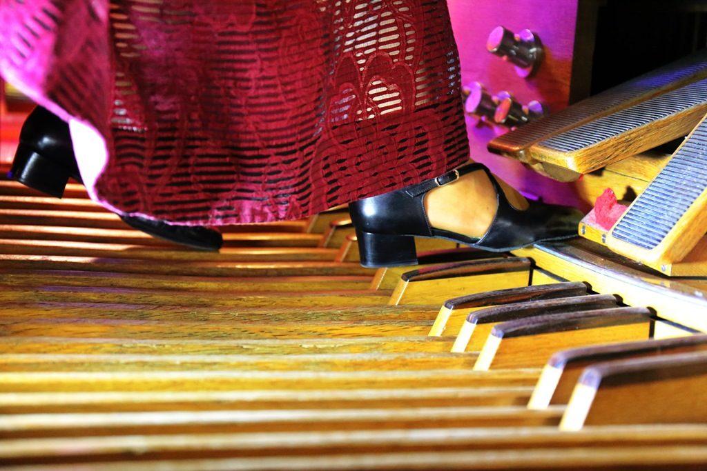 Концерт «Романтический вечер при свечах. Орган и саксофон» в Римско-католическом Кафедральном соборе – события на сайте «Московские Сезоны»
