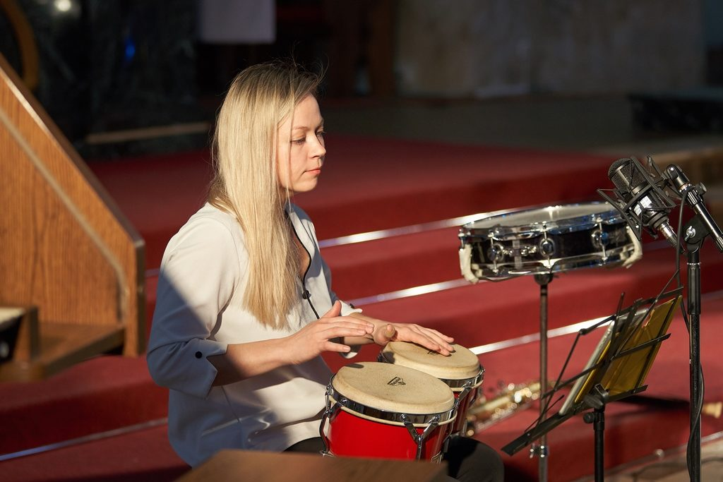 Концерт «Алиса в Стране чудес. Музыкальная сказка с песочной анимацией» – события на сайте «Московские Сезоны»