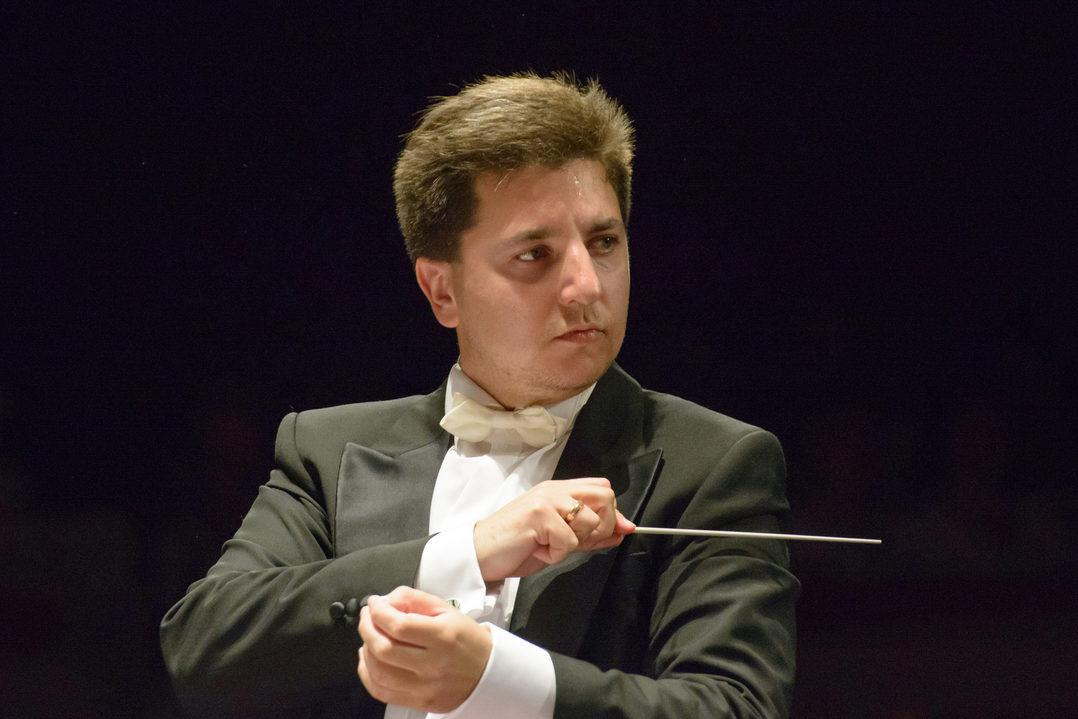 Концерт «Любимые фортепианные концерты. Скрябин–Рахманинов» – события на сайте «Московские Сезоны»