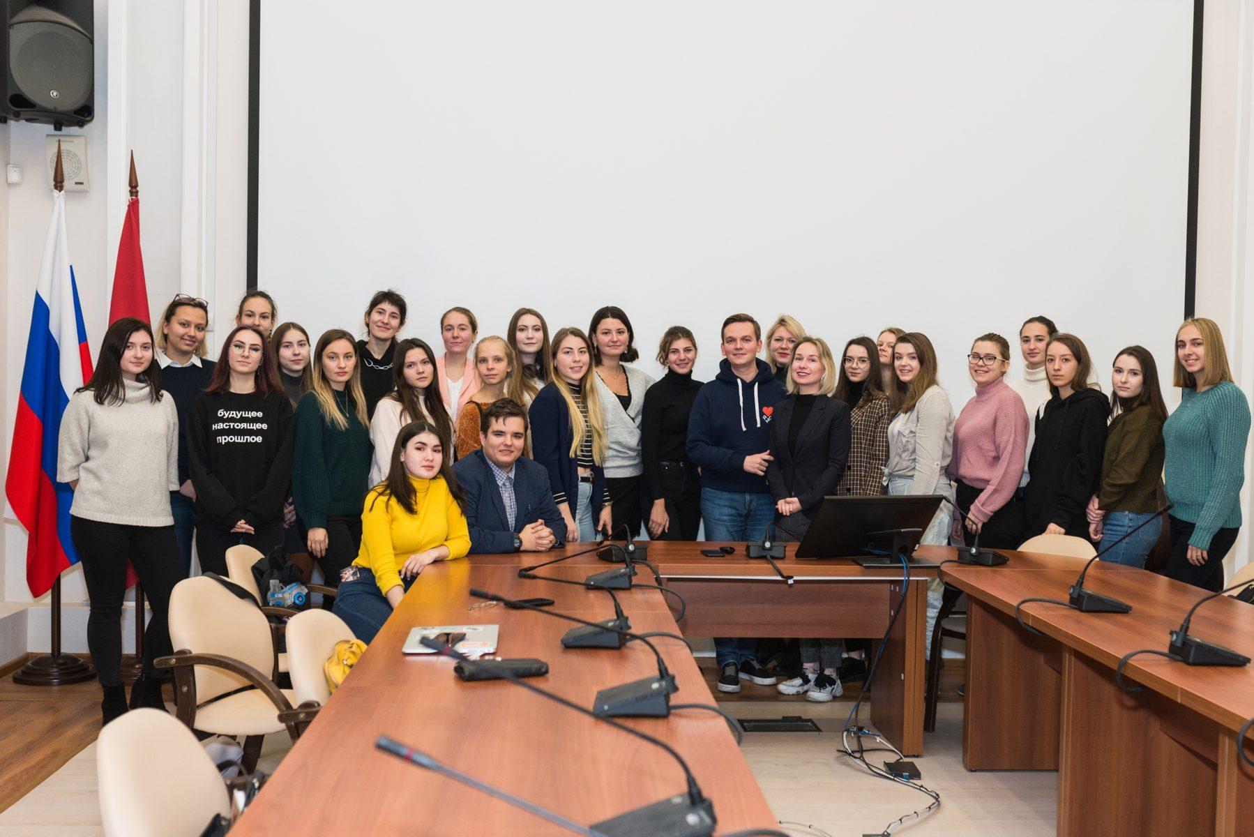 Программа «Практика. Весна 2020» в ММКЦ – события на сайте «Московские Сезоны»