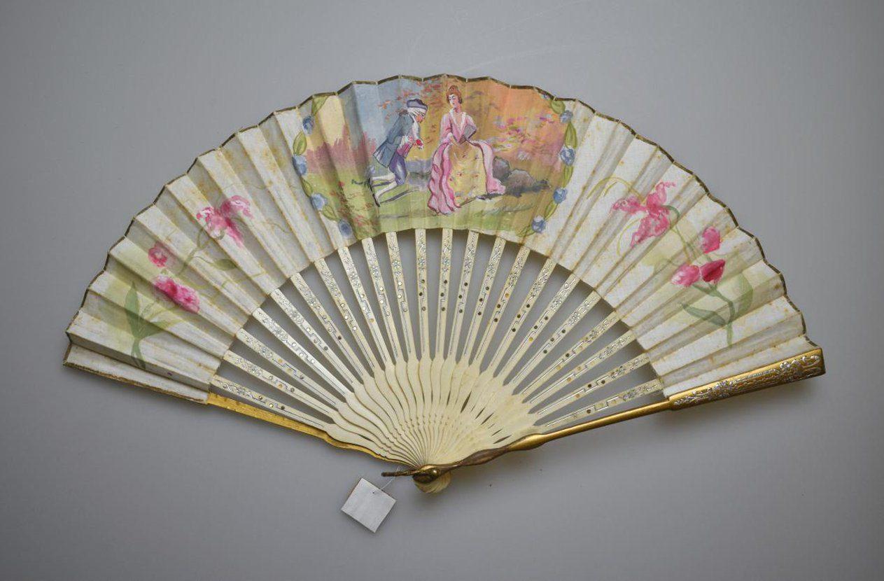 Виртуальная выставка «Цветы и принты» на сайте Музея моды – события на сайте «Московские Сезоны»