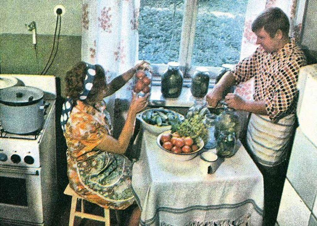 Онлайн-презентация выставки «Секреты советской кухни» – события на сайте «Московские Сезоны»