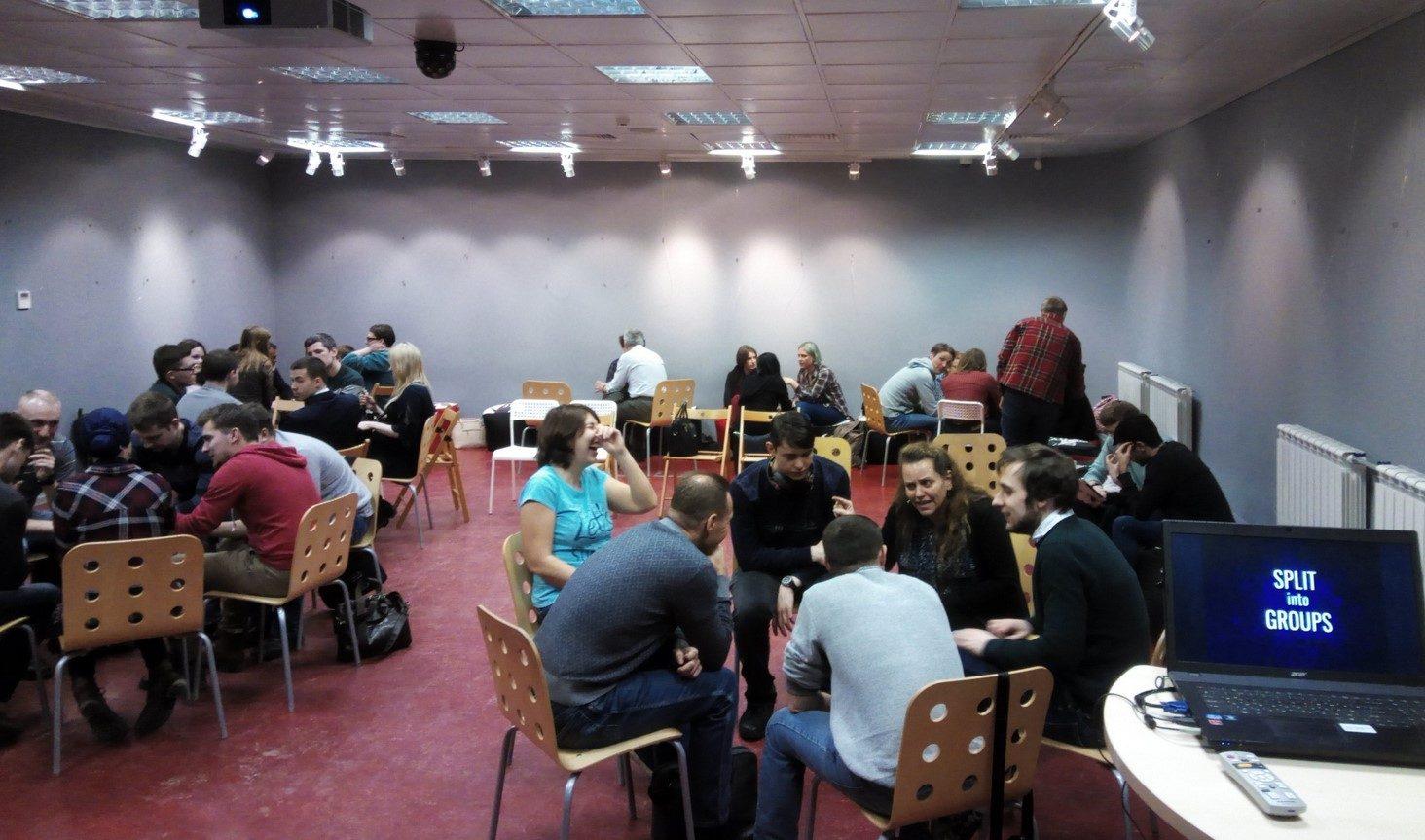 Клуб английского языка Friday Point в Библиотеке для молодежи – события на сайте «Московские Сезоны»