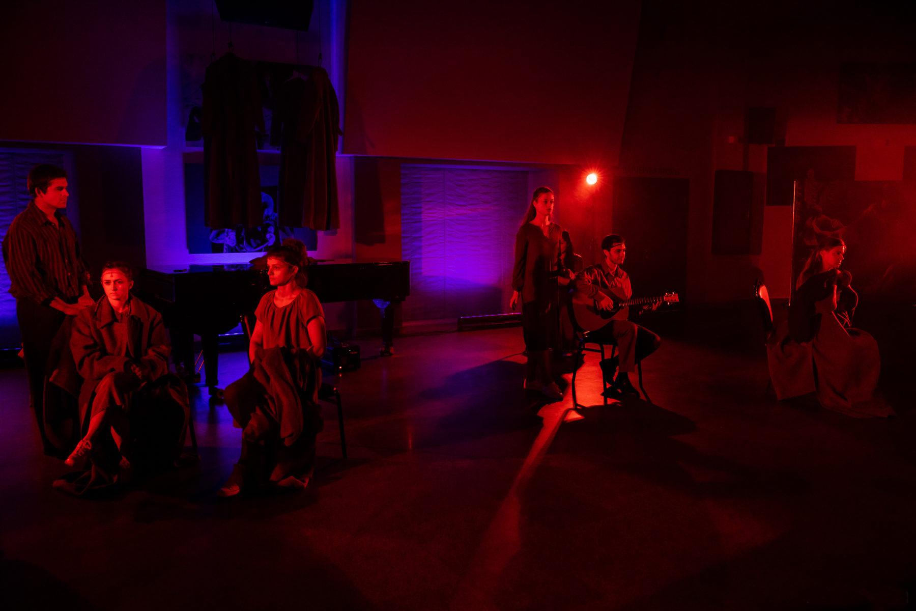 Спектакль «Часовые любви» в Театре Романа Виктюка – события на сайте «Московские Сезоны»