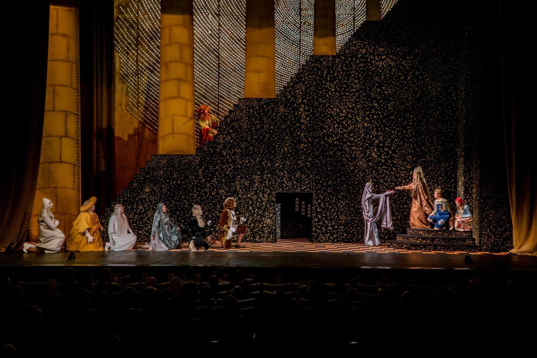 Спектакль «Синяя птица» в МХАТ имени М. Горького  – события на сайте «Московские Сезоны»
