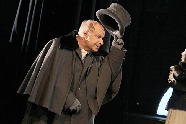 Спектакль «Шинель» в МХАТ имени А. П. Чехова  – события на сайте «Московские Сезоны»
