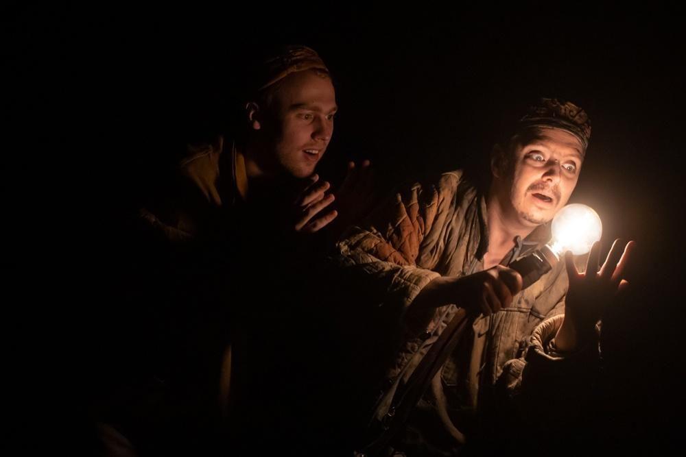 Спектакль «Ювенильное море» в МХАТ имени А. П. Чехова  – события на сайте «Московские Сезоны»