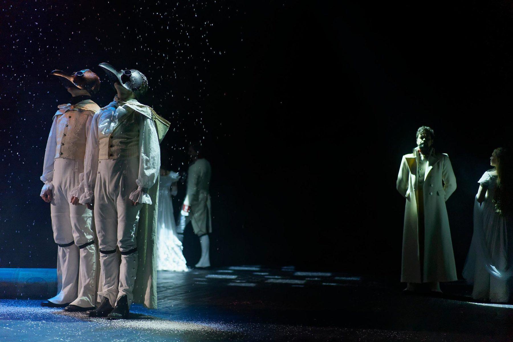 Спектакль «Война и мир. Русский Пьер» в Театре «Модернъ» – события на сайте «Московские Сезоны»
