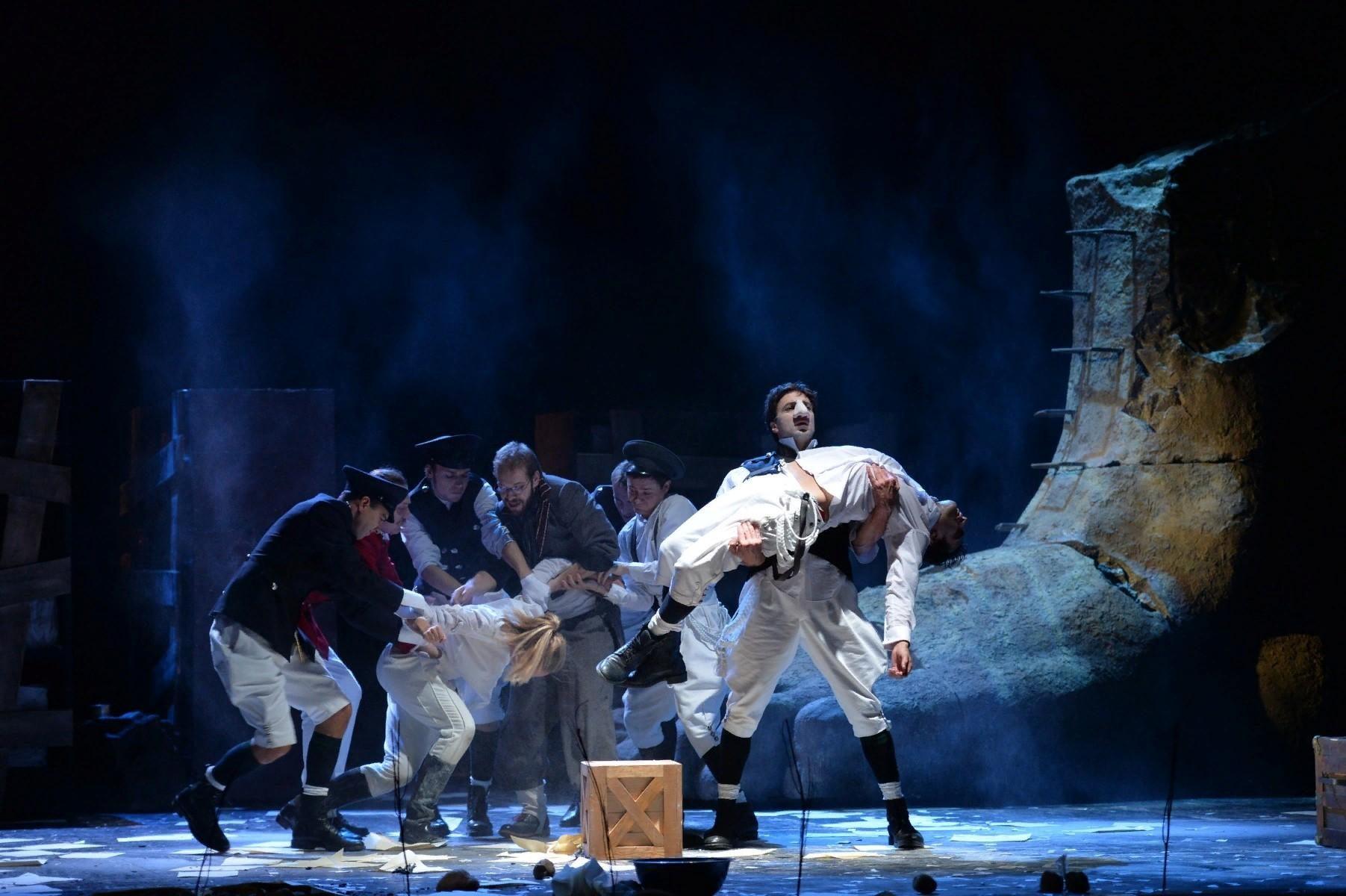 Спектакль «Сирано де Бержерак» в концертном зале «Дворец на Яузе» – события на сайте «Московские Сезоны»