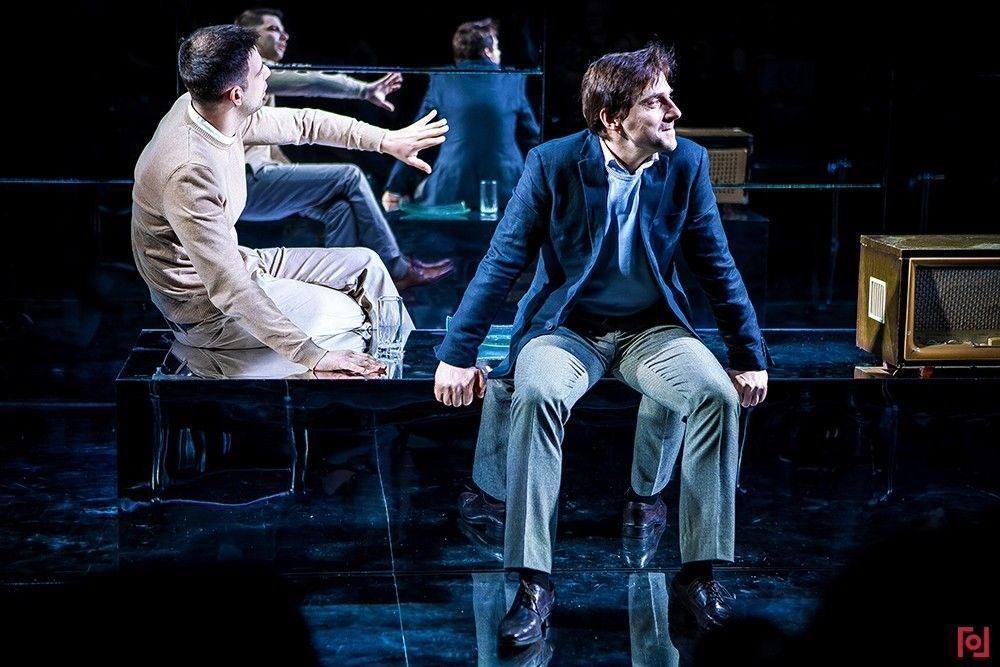 Спектакль «Озеро» в Театре «Гоголь-центр» – события на сайте «Московские Сезоны»